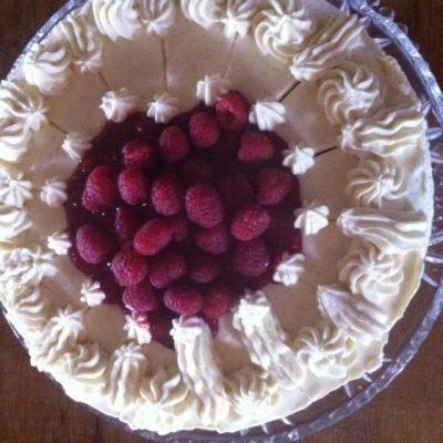 Himbeer-weiße Schokoladen-Torte