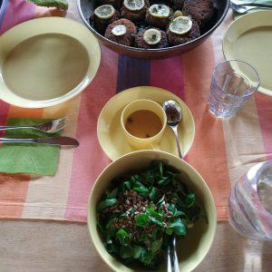 Mittags-Tisch